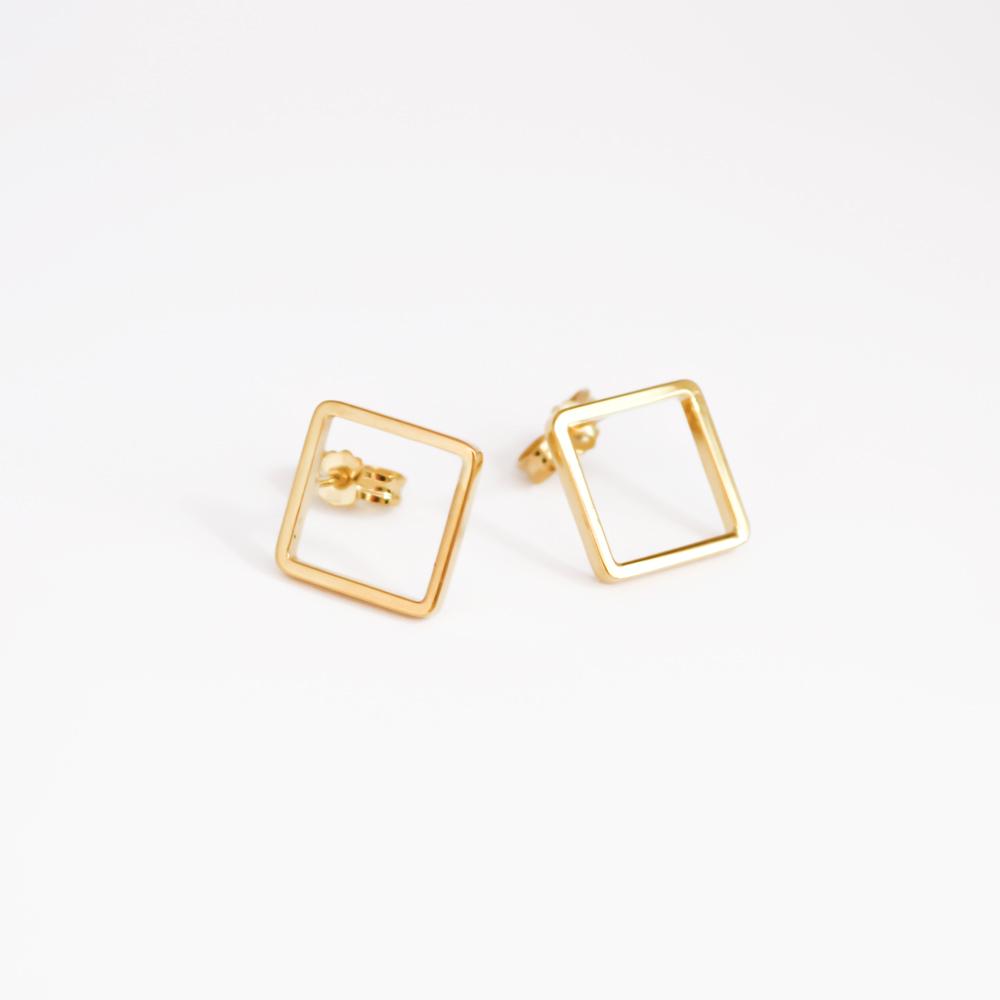 Minimalist classy square earrings